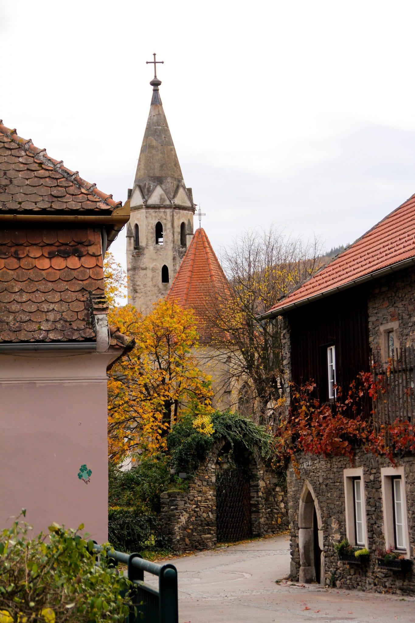 Blick vom Bürgermeisterzimmer auf Schwallenbach