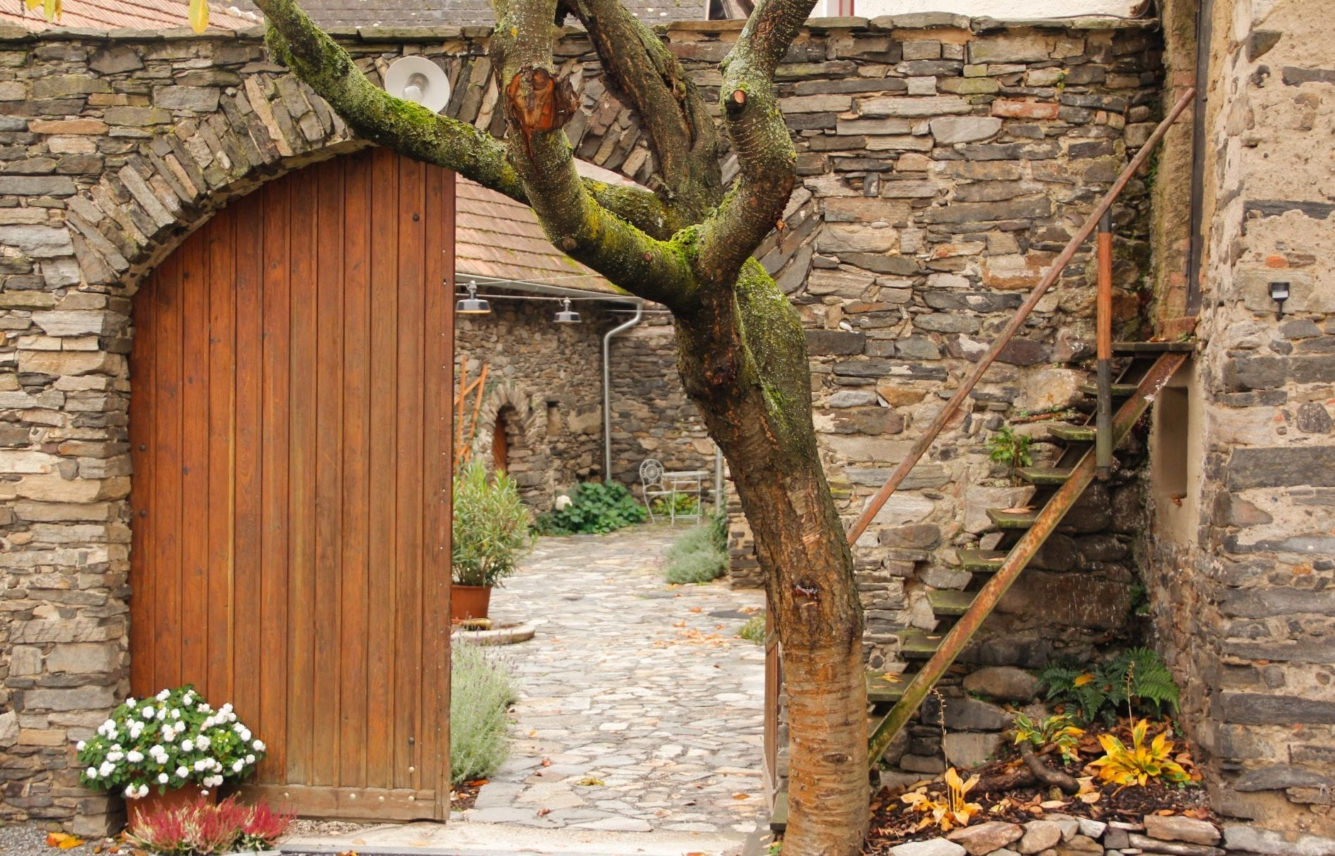 Haupteingang zum Resterhof